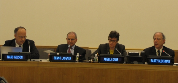 From left to right: Ward Wilson (BASIC), Benno Laggner (Ambassador for nuclear disarmament and non-proliferation, Swiss Foreign Ministry), Angela Kane (High Representative for Disarmament Affairs), Barry Blechman (Stimson Center, Co-founder).